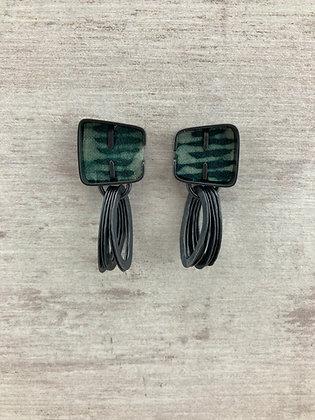 Cobble loop earrings