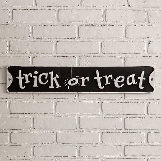 Trick or Treat Wall Sign