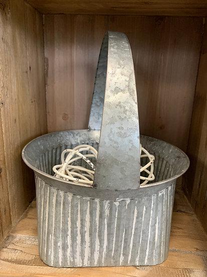 Round Tin Basket
