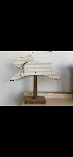 Primitive Metal Rabbit Shelf Sitter