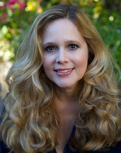 Jennifer Camiccia Author photo.JPG