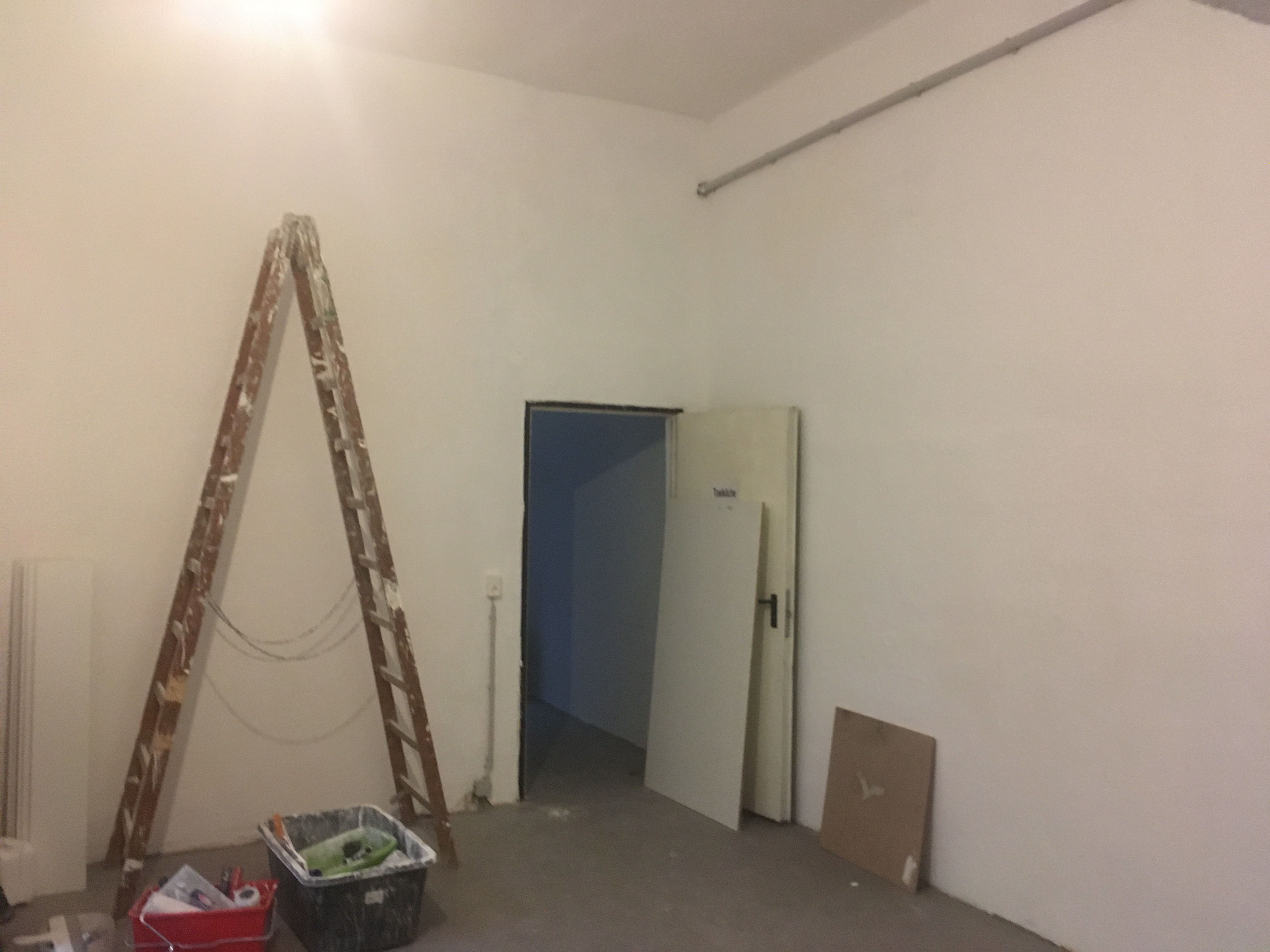 Alte und neue Wände mussten begradigt und verschönert werden.