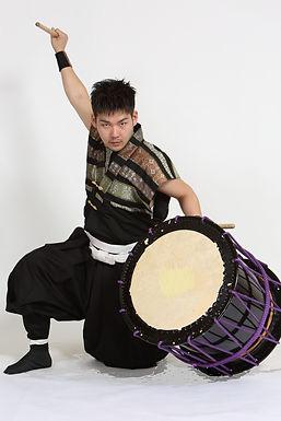 【特別出演】新年会を盛り上げる和太鼓奏者登場!!