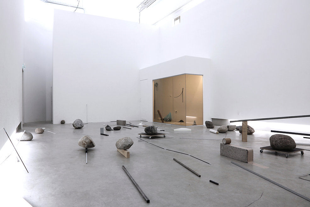Installation view_gallery Hippolyte.jpg