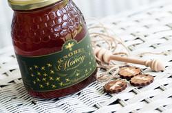 Knobel Honey in Glass