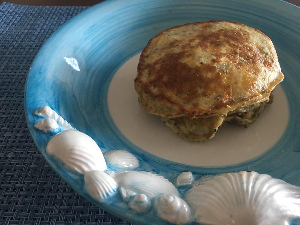 Super easy 2 ingredient banana pancakes