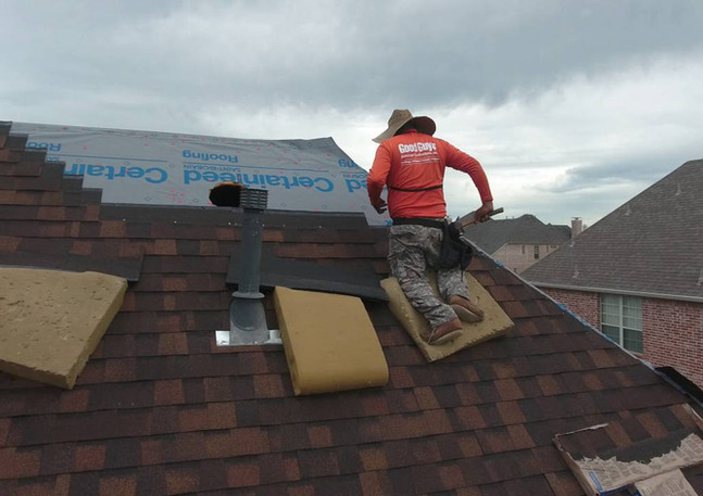 Quality Hand Nail Roofing, Roofing Contractor Dallas, Dallas Roofer, Best roofer in DFW