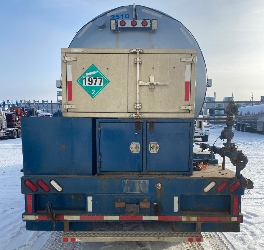2006 Freightliner Nitrogen Pumper
