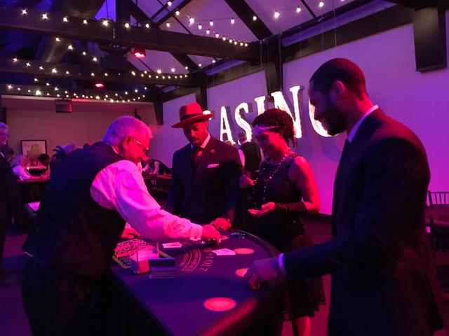 Black light party - Casino (3).jpg