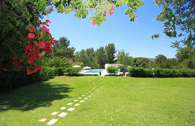 Yoga Retreat Venue garden in Ibiza