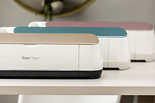 Cricut-Maker Vinyl Cutter