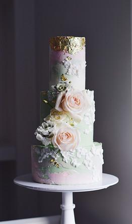 springgreenbasreliefweddingcake.JPG