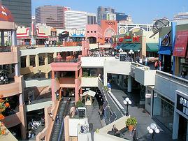 Horton Plaza Shopping in San Diego
