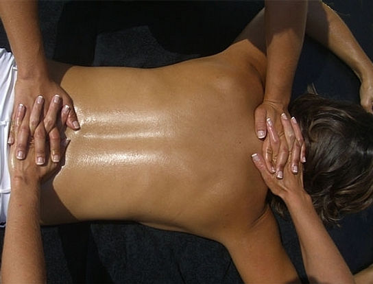 4 Hands Swedish Massage in Ft. Lauderdale by The Magic Touch Group