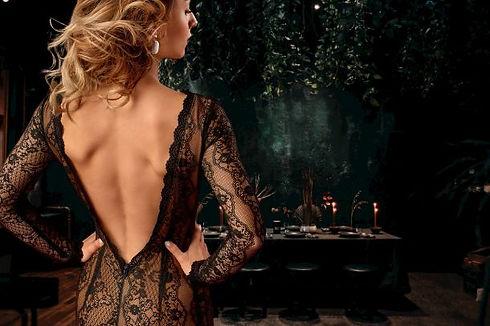 Back_dress_paid_istock_RstntBG.jpg