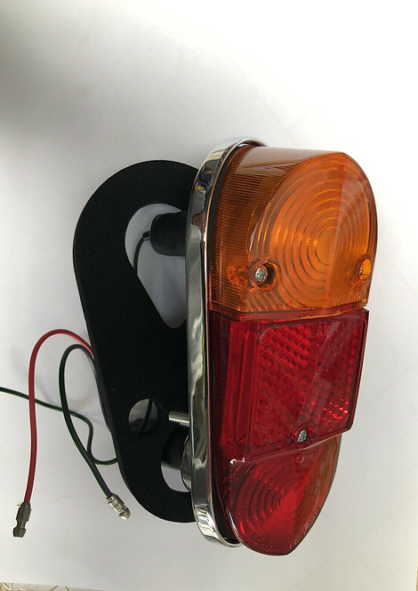 TAIL LAMP RIGHT HAND EARLY SUITS MORRIS