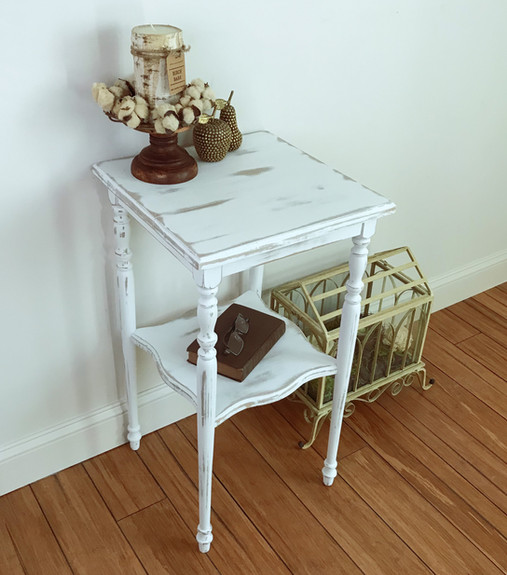 Antique Accent Table in Linen White $75