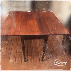 Primitive farmhouse dropleaf kitchen table (SOLD)
