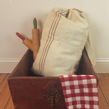 Primitive Dough Box $75