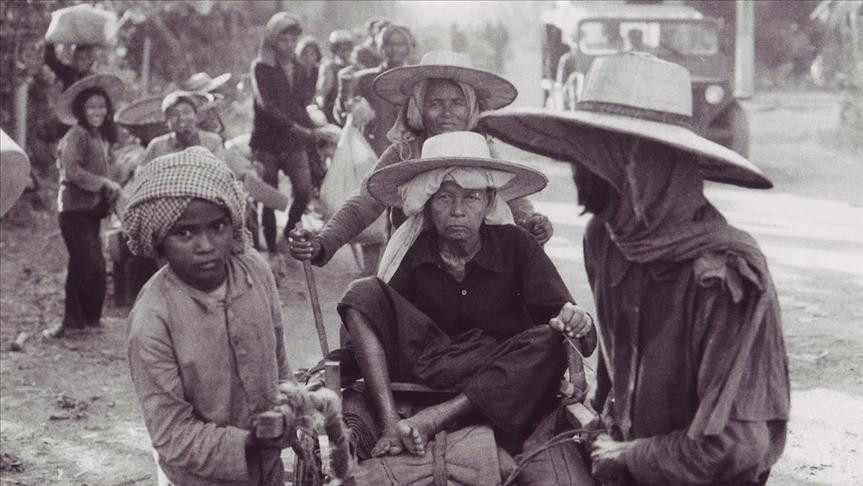 The Long Walk Home: end of the Khmer Rouge regime in Cambodia