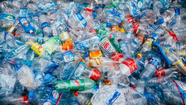 Single use plastics and UK recycling