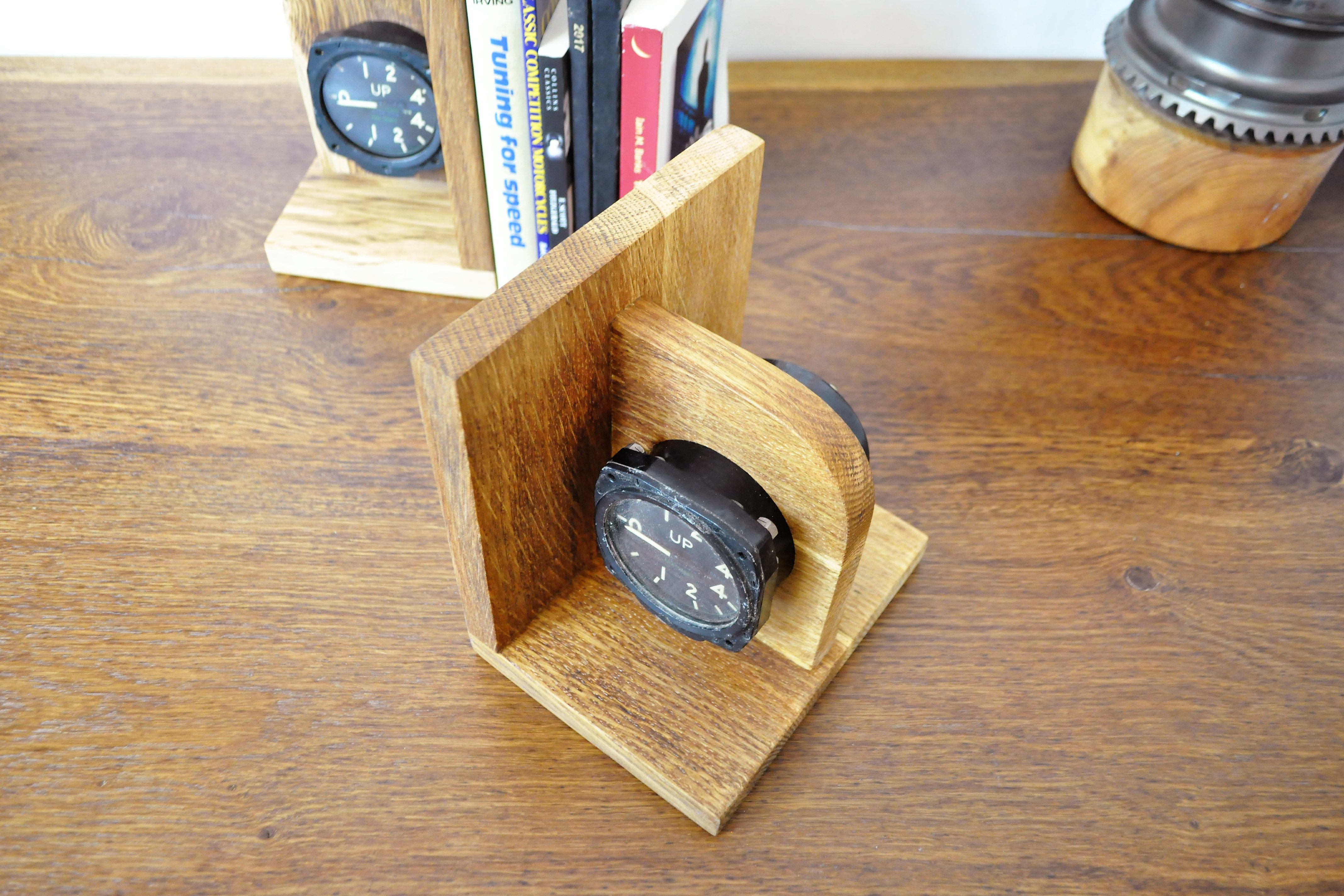 The Aviation Gauge Book Ends are made from original decommissioned 1950's -  1960's aeroplane gauges from a MOD plane. The gauges measure the speed of  the ...