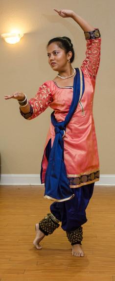 Ruta Kadhe - Visharad Performer