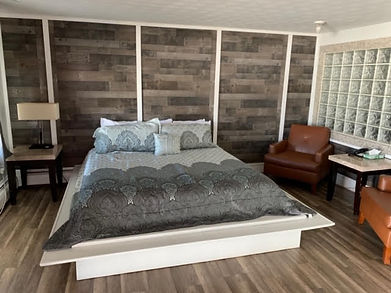 KING SUITE WITH SPA A.jpg