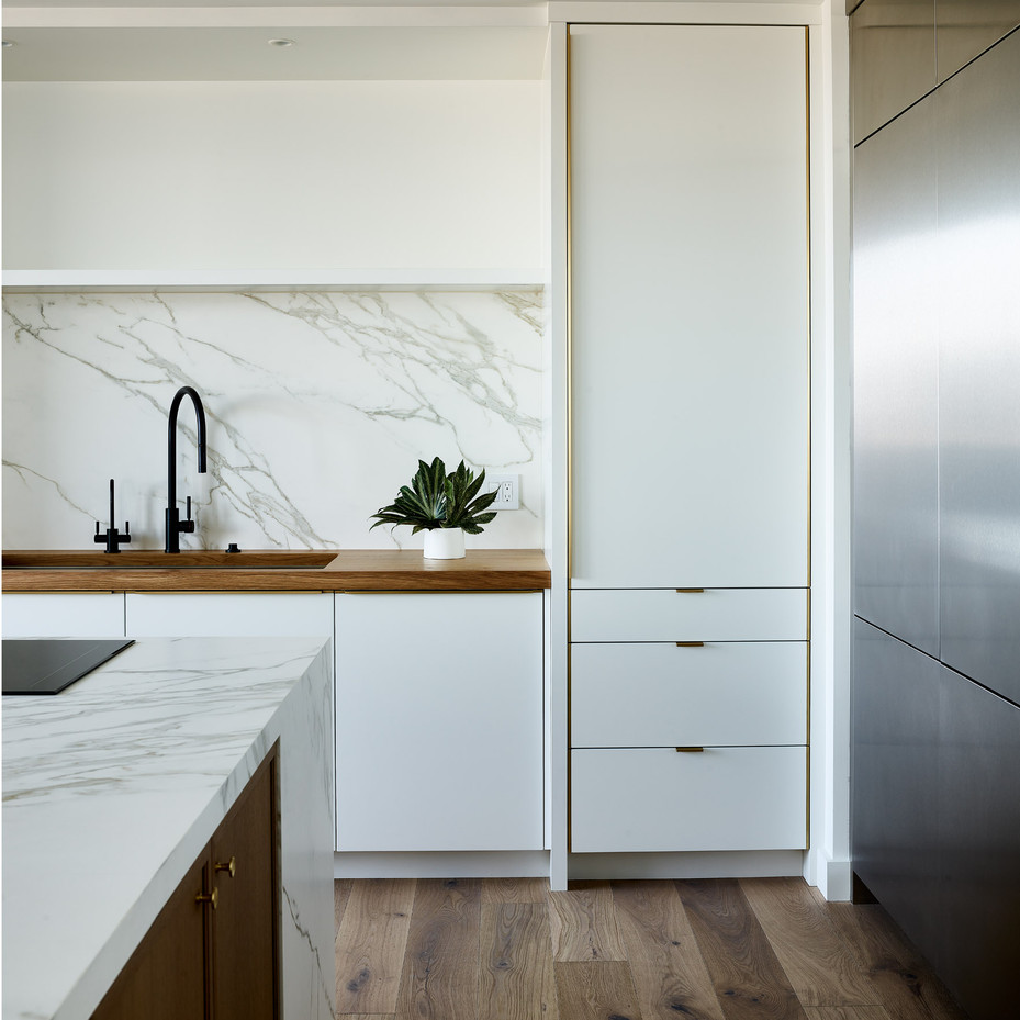 8_SpazioRosso_Ritz_KitchenSinkVert_SMALL