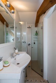 Bathroom_103_Low_Res.jpg