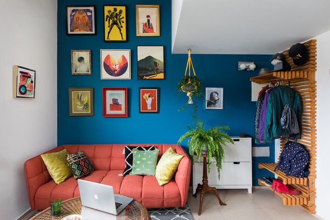 Livingroom_to_Sofa_71_Low_Res.jpg