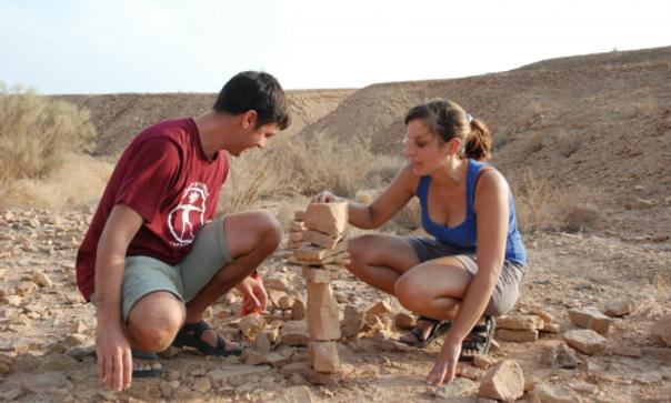 אבנים נפגשות - סדנה זוגית לאיזון אבנים