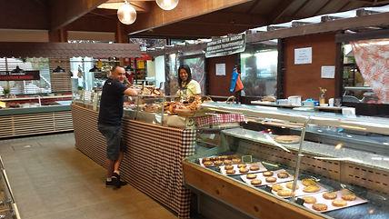 Boulangerie artisanale au marché Windsor de Neuilly.jpg