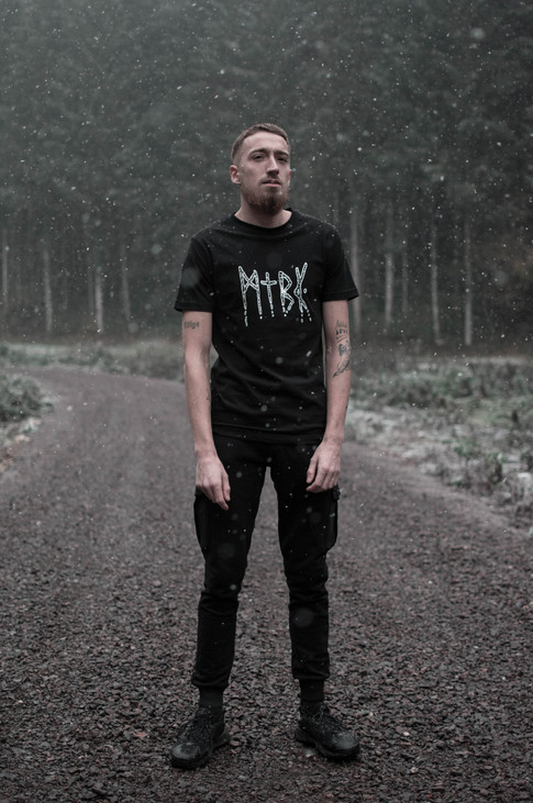 photo-mtbk-collection-critical-black-nei