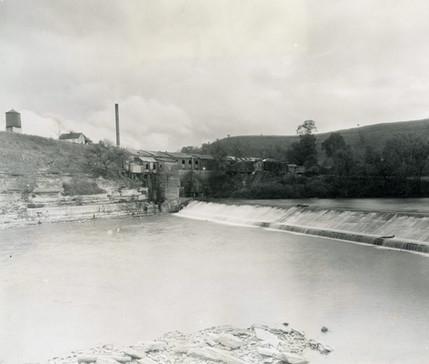 Falls and Kentucky River Mills Hemp Factory 1920