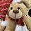 Thumbnail: Bonnet et écharpe rouges à pompons - vêtements pour peluche de 20 cm