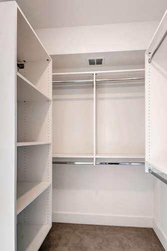 B2-Master-Closet