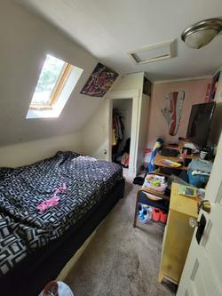 65 - Upper Bed