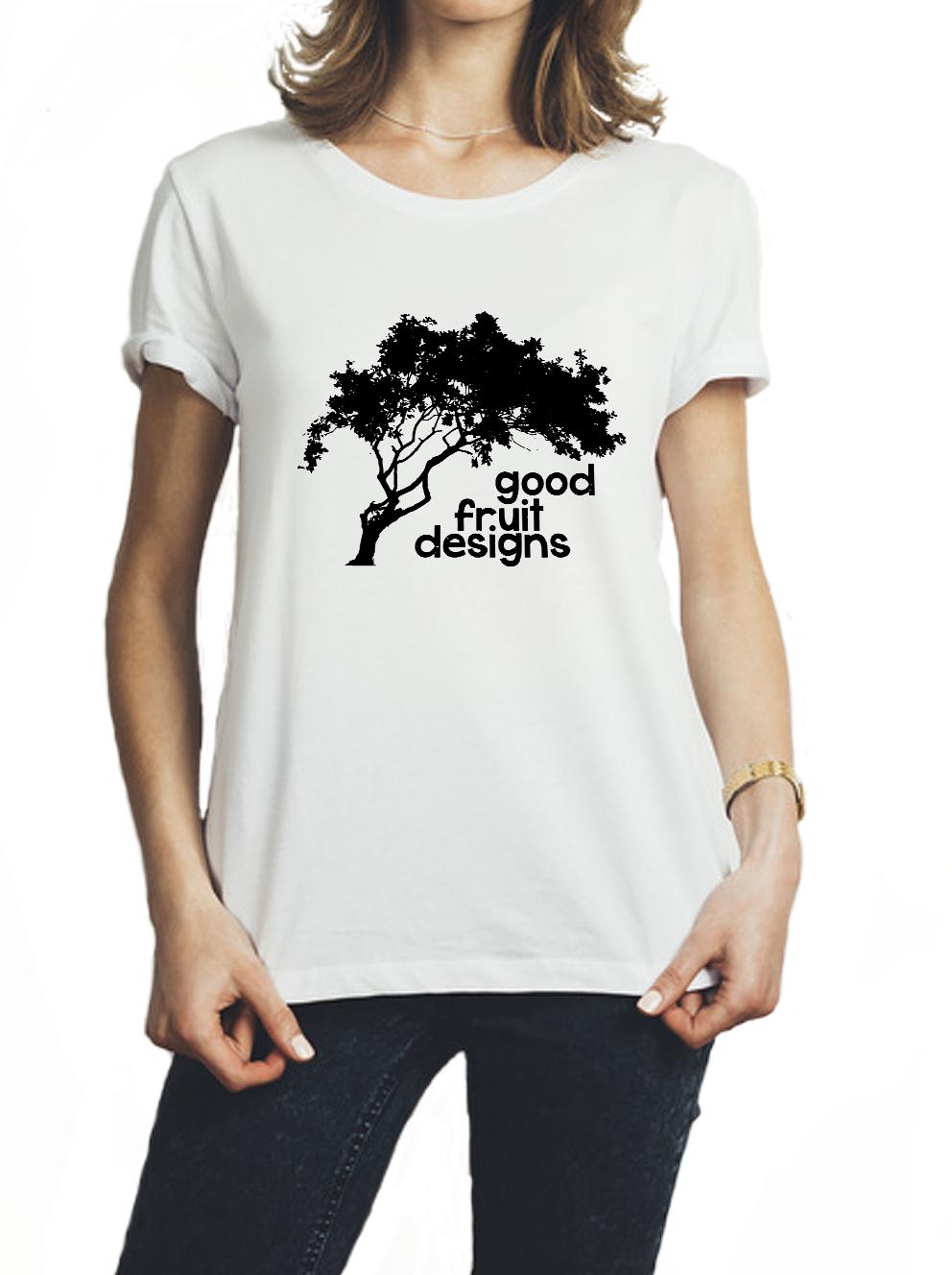 white-shirt-with-black-logo(woman2)