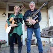 Hendrix & Maines to Conduct Songwriting Workshop For Turtle Wing Participants