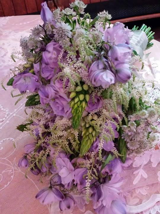 Vintage-inspired bridal bouquet