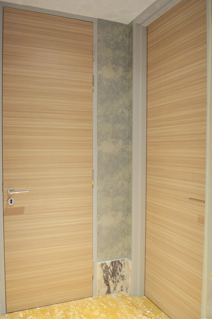 The Exchange 106 Classic Vinyl Door