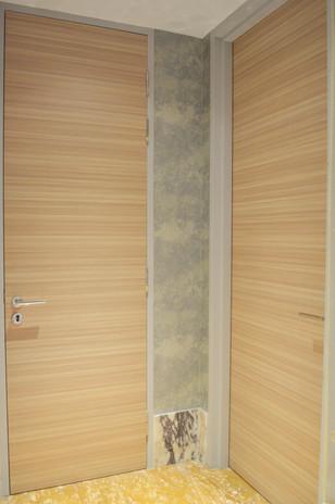 The Exchange 106 Classic Vinyl Door