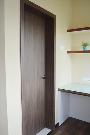 D Carlton Classic Door and Door Frame