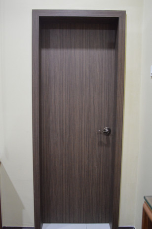 D Carlton House Bedroom Door