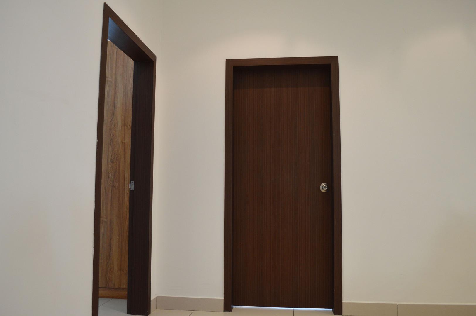 D Esplanade Residence Bedroom Door