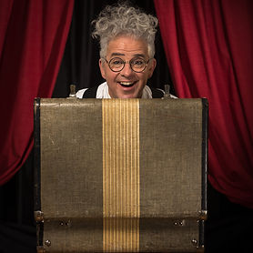 Portland magician Pappy