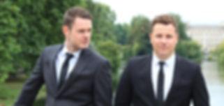 Wedding Singers, Singing Waiters