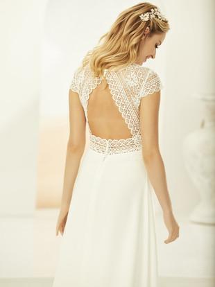 KENDRA-Bianco-Evento-bridal-dress-3.jpg