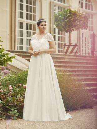 MARGARET-plus-size-Bianco-Evento-bridal-